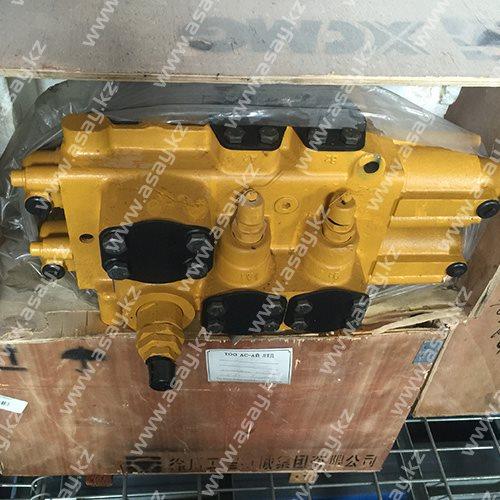 Гидроклапан цилиндра ковша D32-803004038