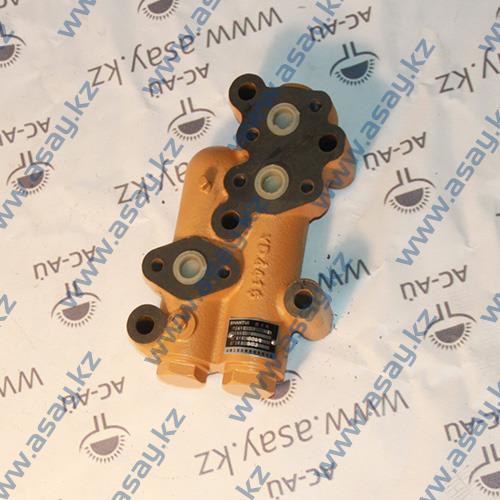 Перепускной клапан КПП бульдозера 16Y11-30000