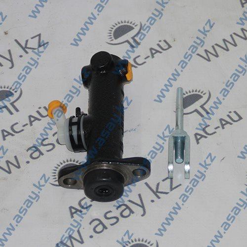 Главный тормозной цилиндр вилочного погрузчика 25595-40302