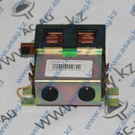 Контактор реверсный включения двигателя хода DC182 В748СО