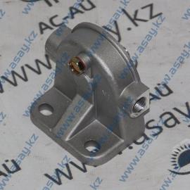 Крепление топливного фильтра на вилочный погрузчик